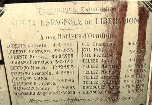 El Gobierno de la República en el Exilio homenajeó a las víctimas españolas con una placa en 1945.